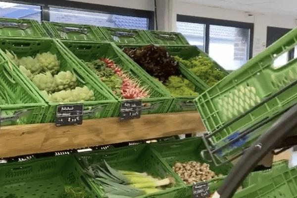 """L'épicerie """"Aux 3 fermes"""" ne propose que des produits locaux"""