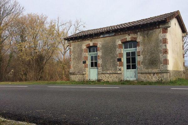 """L'ancienne station de tramway """"La Forge"""" à Saint-Mathieu en Haute-Vienne"""