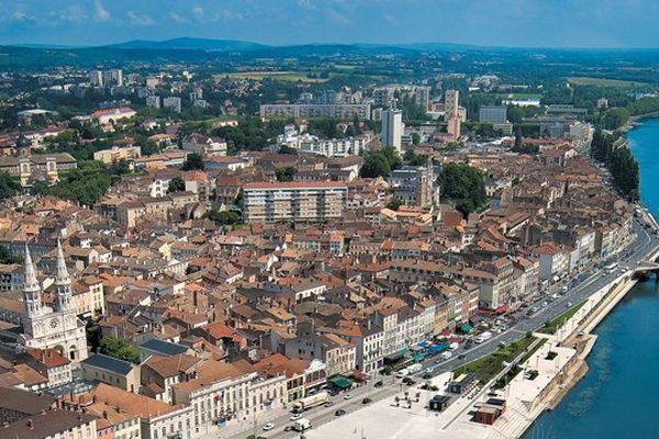 Mâcon est le chef-lieu du département de Saône-et-Loire