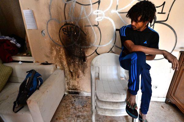 3 cocktails molotov ont été jeté à l'intérieur d'un squat à Nantes dans lequel vivent plusieurs dizaines de réfugiés africains.