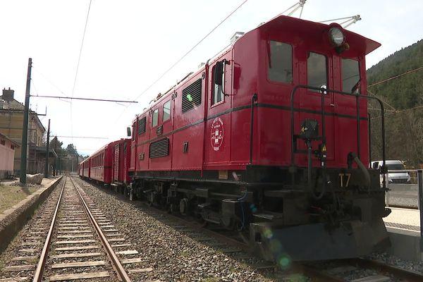 Le petit Train de la Mure qui transportait autrefois les mineurs de la Matheysine est presque fin prêt à repartir, pour les grandes vacances