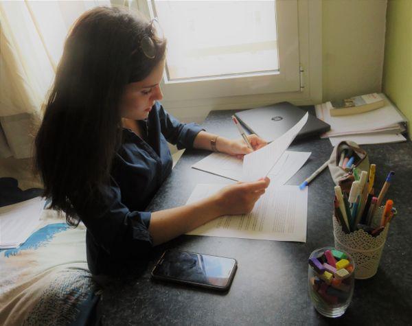 Florence Vallet confinée mais en plein travail