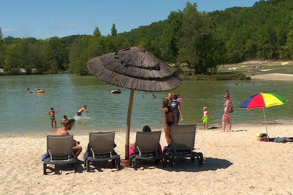 La clientèle française, une belle arrière-saison et une opportune campagne de communication avaient permis de maintenir à flot le tourisme pendant l'été 2020 en Dordogne