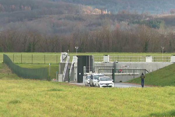 La station d'épuration autonome de Lactalis a été inaugurée ce mardi 15 décembre à Saint-Just-de-Claix, en Isère.