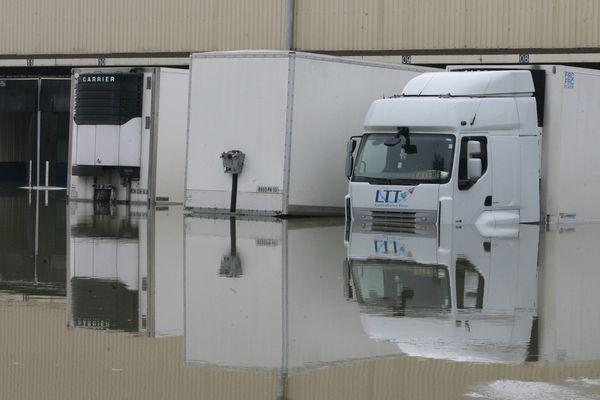 Une entreprise de Buchères (10) noyée sous les eaux de la Seine