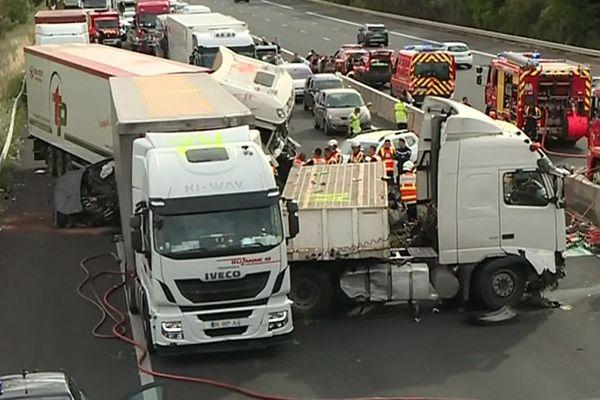 A9 - 2 morts dans un carambolage entre 3 camions et 3 voitures - 13 juin 2019.