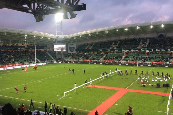 Lors de l'inauguration du nouveau stade du Hameau