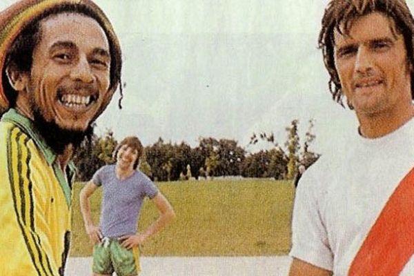 Bob Marley et Henri Michel le 2 juillet 1980 avant le concert au parc des expos.