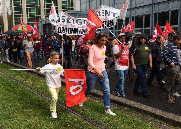 Les militants FO dans le cortège rue François de Sourdis