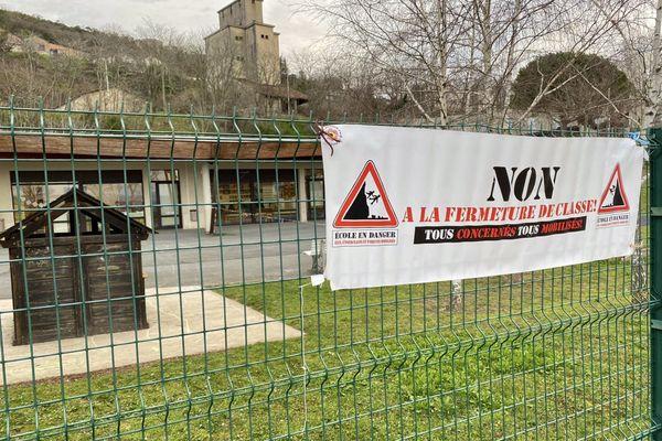 L'école Jean-Louis Étienne, à Lautrec dans le Tarn, est menacée d'une nouvelle fermeture de classe à la rentrée prochaine.
