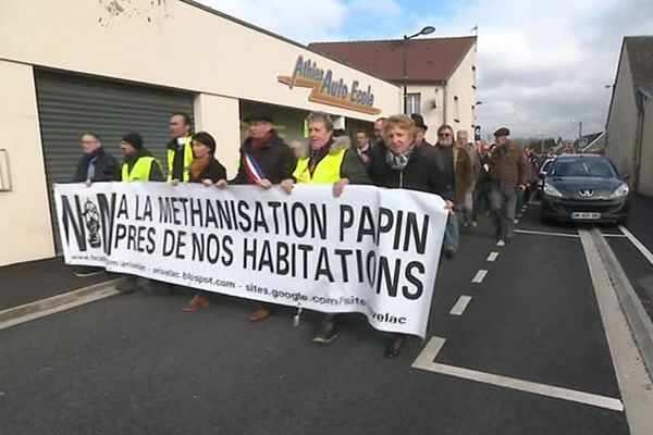 Dernière manifestation pour les opposants au projet avant la décision du préfet, le 14 mars.