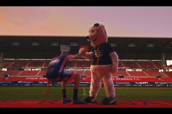 Le stade Rennais Soutient le Cesson rennes Métropole Handball avec une vidéo.