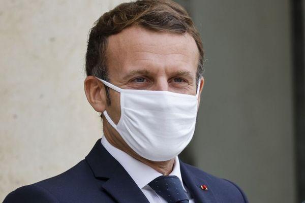 Emmanuel Macron annoncera, mercredi 28 octobre, de nouvelles mesures pour lutter contre l'épidémie de coronavirus en France.