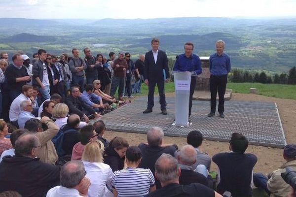 Christian Paul, député PS de la Nièvre, à la tribune du Mont Beuvray, lundi 16 mai 2016.