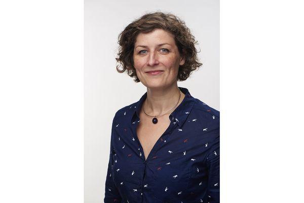Jeanne Barseghian surfe sur son étiquette écologiste (et ça lui réussit).