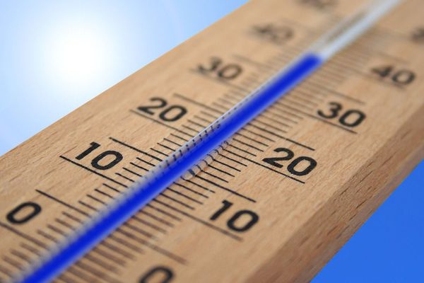 Au plus frais du lever du jour, la température était de 25,4°C sur la station Météo-France de Bordeaux-Mérignac.