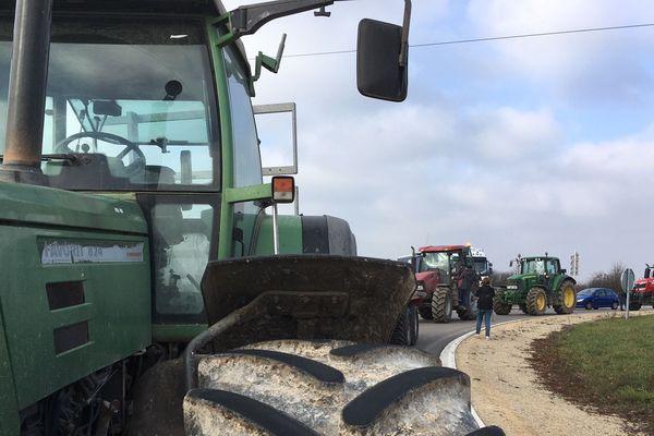 A l'appel de leur syndicat, les agriculteurs du secteur de Sarreguemines se sont mobilisés ce vendredi matin