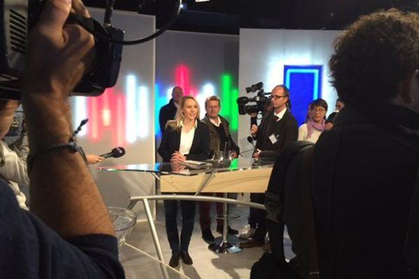 La tête de liste frontiste aux régionales en Paca, Marion Maréchal-Le Pen avant son débat face à Christian Estrosi.
