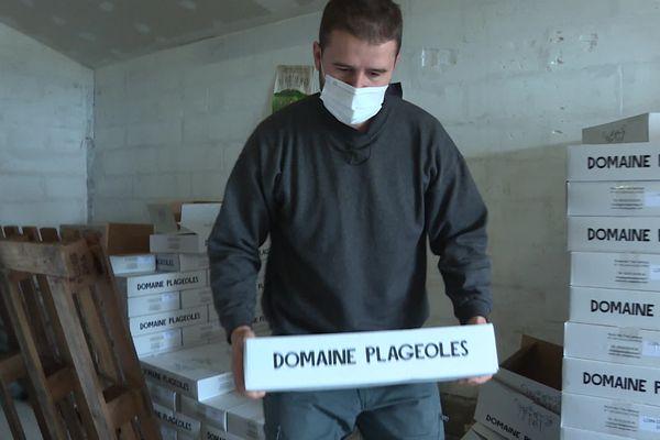 Les cartons de vins expédiés à Bordeaux