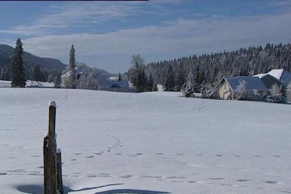 Chapelle-des-Bois, ses pistes, ses combes, ses sapins... un paysage de carte postale chaque hiver