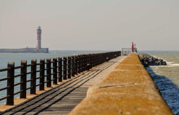 Le jetée Est de Dunkerque où de nombreux soldats britanniques rembarquèrent pour l'Angleterre en mai/juin 1940.