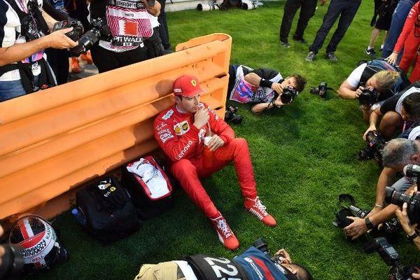 Le Britannique Lewis Hamilton (Mercedes) a remporté un Grand Prix de Bahreïn haletant, dimanche, à la suite d'une défaillance de la Ferrari du Monégasque Charles Leclerc, 3e,