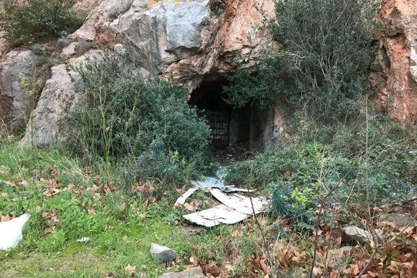 La grotte sanglante de Sète, discrète cavité au creux de la colline du Mont Saint-Clair
