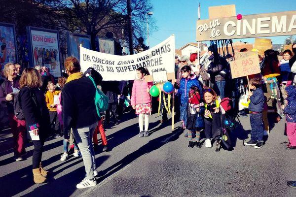 A Frontignan, les habitants manifestent pour soutenir le projet de cinéma - 16 février 2019