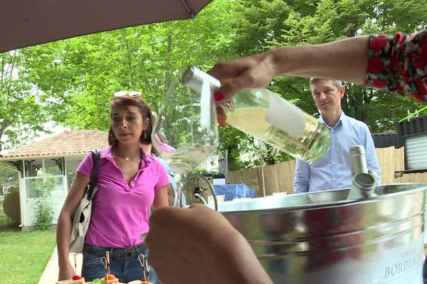 Pour cette nouvelle édition de Bordeaux Fête le Vin, décentralisée, les visiteurs vont au plus près des acteurs locaux.