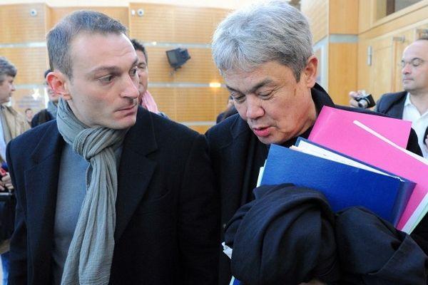 Montpellier - Nicolas Vizioz et l'un de ses avocats Jean-Robert Phung - 10 avril 2013.