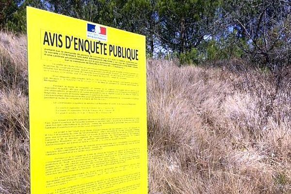 Bagnoles (Aude) - les vignerons du Minervois sont contre l'installation d'une ferme de panneaux solaires - septembre 2016.