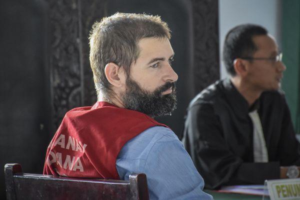 Félix Dorfin, lors de son procès en Indonésie