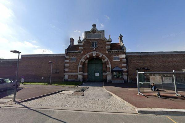 Illustration de la maison d'arrêt de Douai.