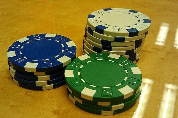 Le Winamax Poker Tour 2012 fait halte à Dijon, Mâcon et bientôt Auxerre.