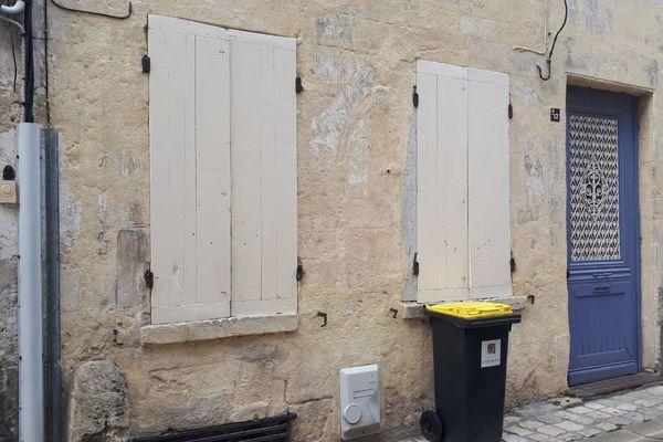 L'appartement du centre-ville de Cognac où la victime a été torturée et sans doute tuée.