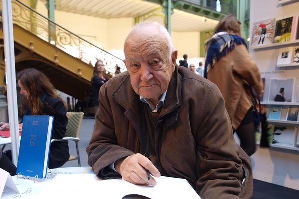 Gilbert Garcin, lors d'une signature de livre