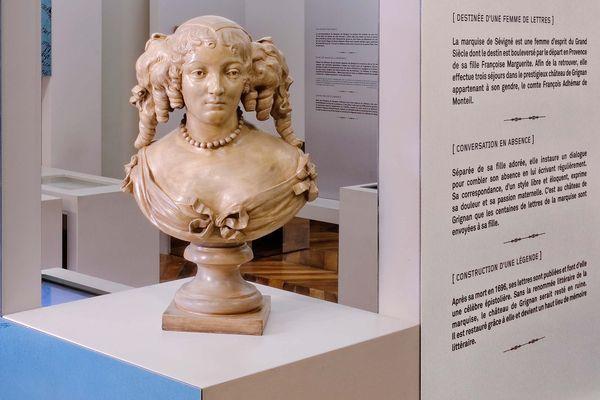 Le buste de la Marquise de Sévigné au Château de Grignan
