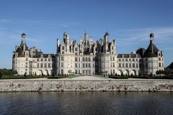 Le château de Chambord, ici photographié le 22 juillet 2020, est toujours fermé malgré le déconfinement, comme les autres châteaux du Centre-Val de Loire.