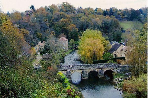 """Dans l'Orne, St Ceneri le Gérei est labellisé parmi les """"Plus beaux Villages de France""""."""
