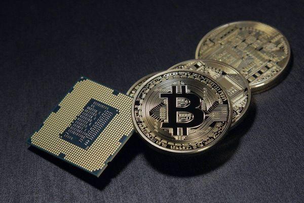 En novembre 2019, un Bitcoin vaut 7958,91 euros.