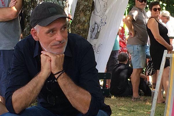Philippe Poutou à la manifestation contre les bassines