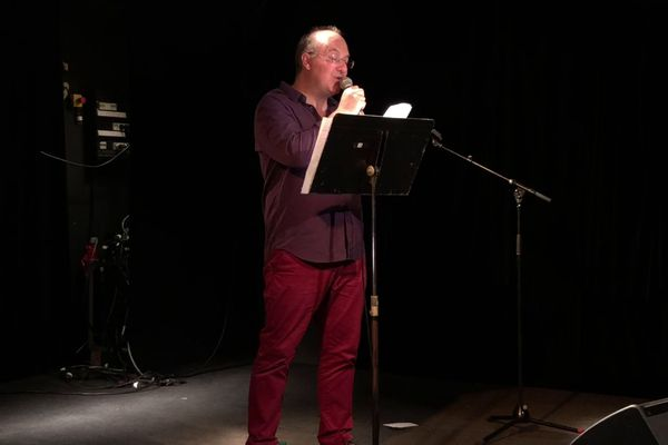 L'auteur Alain Damasio en plein slam