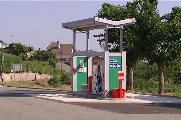 La station-service de Dompierre-les-Ormes comble besoin qui manquait depuis une quinzaine d'années