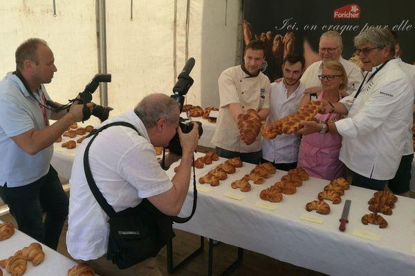 Le jury du concours du meilleur croissant et de la meilleure brioche tressée.
