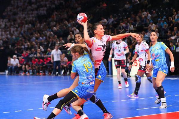 Les joueuses du Brest Bretagne Handball ont fait la différence avec leur adversaire dans le dernier quart d'heure de jeu