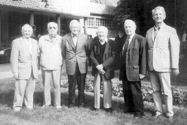 Sur la photo, de gauche à droite : Gérard Roy (résistant) Jean Bazola (trésorier de l'ÉRIL) Jack Vivier (résistant) Jean Chauvin (résistant) Pierre Gandet (résistant) Gérard Métais (secrétaire de l'ÉRIL)