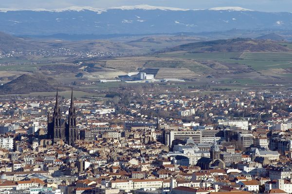 Après trois absences non justifiées aux réunions du Conseil municipal les élus de la Ville de Clermont-Ferrand seront sanctionnés.