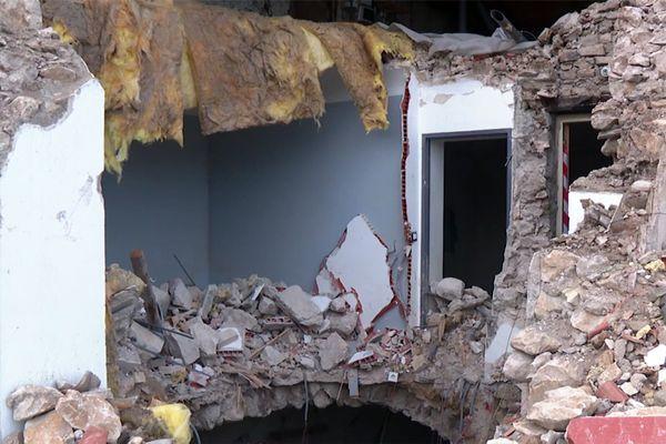 11h52, le 11novembre2019, la terre tremble au Teil, petite commune d'Ardèche, tout près de Montélimar. Un séisme d'une magnitude de 5,4 sur l'échelle de Richter...