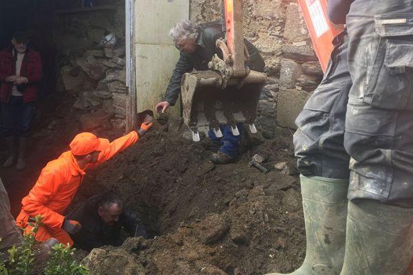 Les fouilles privées ont repris dans l'ancienne maison des Seznec