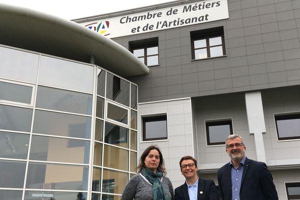 Cindy Delaître, responsable formation et apprentissage, Karine Desroses, présidente et Ghislain Kleijwegt, secrétaire général.